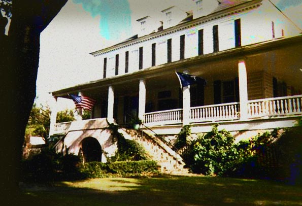 1790 House Bed And Breakfast Inn Frightfind