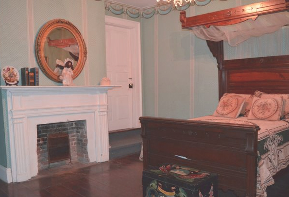 Fannie Williams Doll Room in the haunted Myrtles Plantation