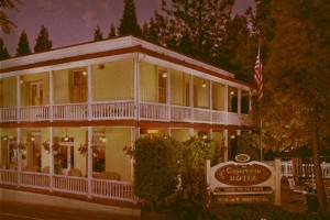 Groveland Haunted Hotel