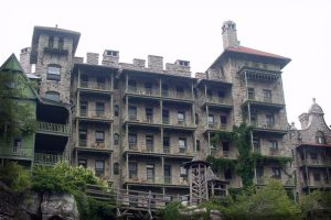 Did Stephen King Base The Shining Off The Mohonk Mountain House?