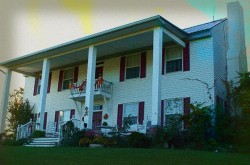 Pinhook Plantation House Haunted Hotel