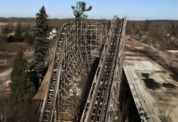 Abandoned Amusement Park. Lake Geauga in Cleveland