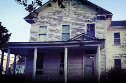Haunted 1858 Garnett House Hotel in Kansas