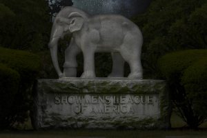 Showmen's Rest Circus Train Mass Grave at the Chicago Woodlawn Cemetery