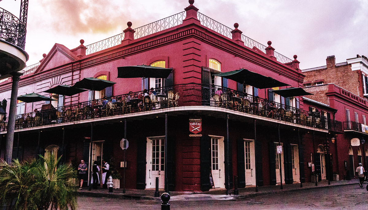Tableau - New Orleans Haunted Bar
